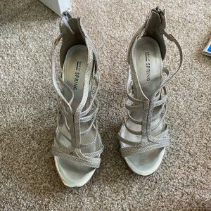 Silver sparkly heels size 6